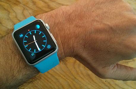 אחד מעשר העיצוב השונים לפני שעון הזמינים עבור השעון החכם אפל ווטש