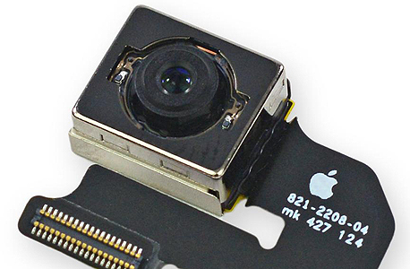 מצלמת האייפון 6. החיישן הוא מתוצרת סוני