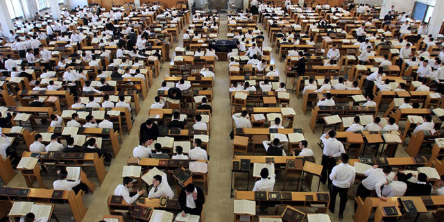 28% מהמורים והגננות החרדים חלו בקורונה - לעומת 5% בלבד בחינוך הממלכתי