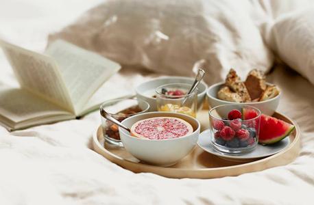 איקאה ארוחת בוקר מיטה, צילום: ikea