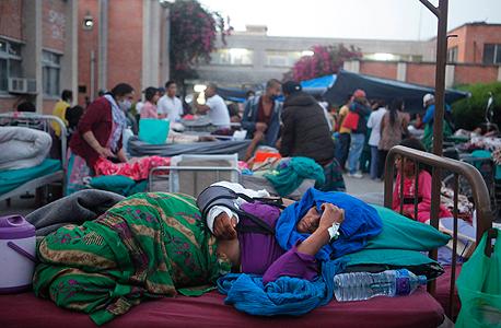 רעידת אדמה שנייה ב נפאל קטמנדו , צילום: איי פי