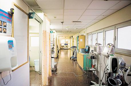 """בית החולים שיבא. מנהל בית החולים רוטשטיין: """"ירדנו מהכנסות של 120 מיליון שקל ב־2012 לחצי מהסכום הזה בשנה שעברה"""""""
