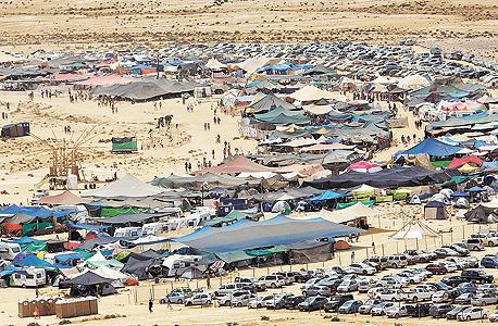 ממראות פלאייה. 6,000 בני אדם, 500 דונם ושפע אדיר של דברים שניתנים בחינם, אירועים חברתיים ואמנותיים ויוזמות מפתיעות