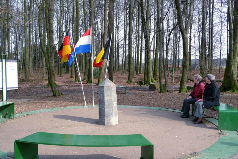 גבול גרמניה-הולנד-בלגיה. לעבור בין המדינות תוך שניות, צילום: wanderninsuedlimburg.de