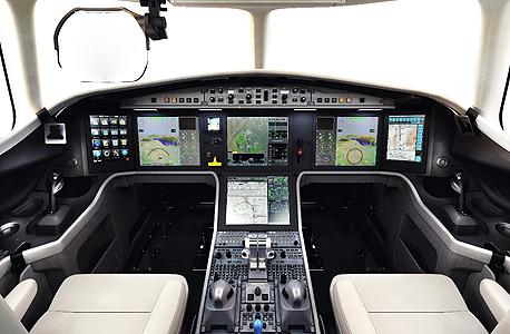 """אלביט מערכות מערכת קלירויז'ן במטוס פלקון 5X, צילום: יח""""צ דאסו"""