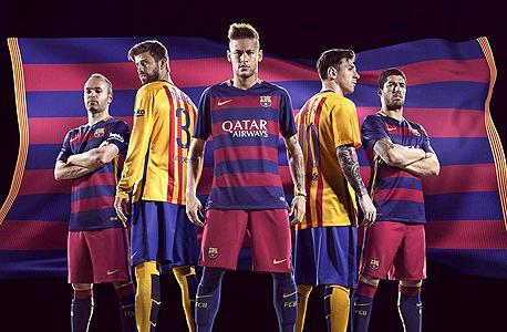 שחקני ברצלונה. מספרים מפרו אבולושן פוטבול בדרגה הכי קלה
