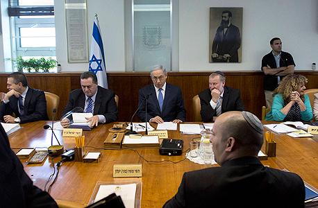 ישיבת הממשלה. גרונר פעל מול חברת business intelligence הישראלית