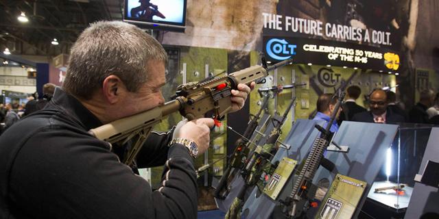 ארה''ב אחראית על יותר ממחצית מכירות הנשק בעולם