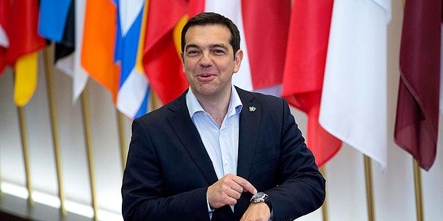 """הפרלמנט היווני אישר הלילה: משאל עם ב-5 ביולי; ציפרס קורא להצביע """"לא"""""""