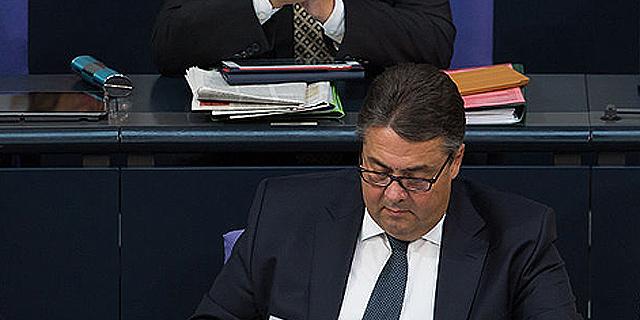 """גרמניה ליוון: """"הסבלנות שלנו אוזלת"""""""