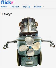 רובוטים גיקים במיוחד. תוצרת בית