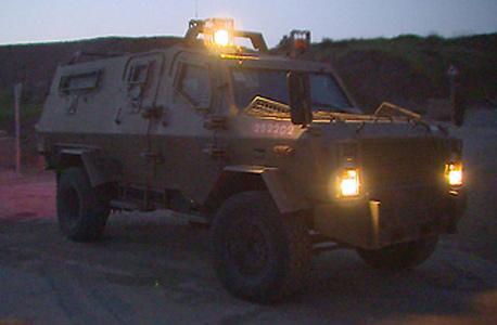 ג'יפ צבאי בסיור ברמת הגולן