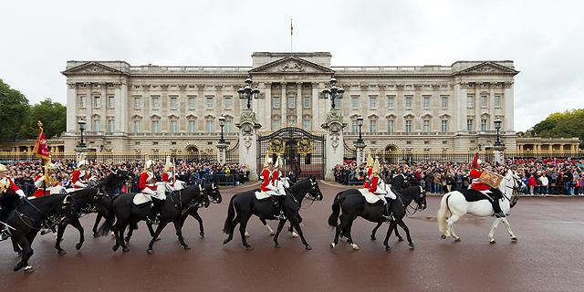 ארמון בקינגהאם - לונדון