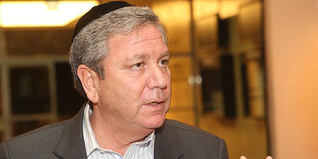 מאיר גורביץ פנה לבית המשפט כדי לעצור את מכירת השליטה בגרינסטון