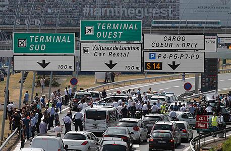 שביתת מוניות בצרפת  בגלל אובר פריז, צילום: רויטרס