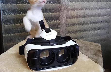 סמסונג Gear VR מציאות מדומה