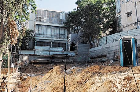 בנייה ברחוב טייבר בגבעתיים (ארכיון)