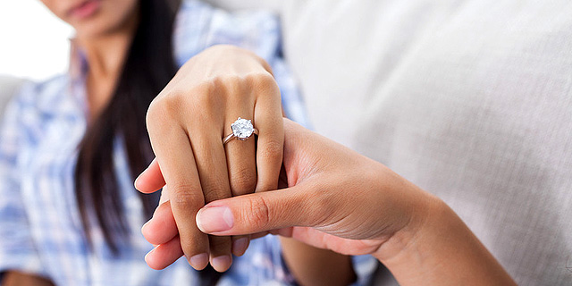 איך לתכנן חתונה בלי להיכנס למינוס?