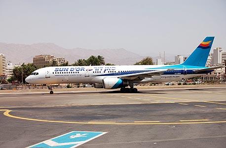 מטוס של חברת התעופה סאן דור, צילום: יסמין גיל