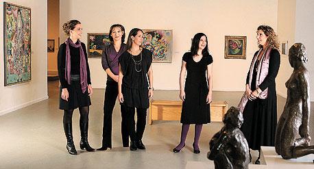 (מימין) ענת לאופר, אולה שור-סלקטר, קרן גילרמן, טלי גוטליב ואלס ורבקל