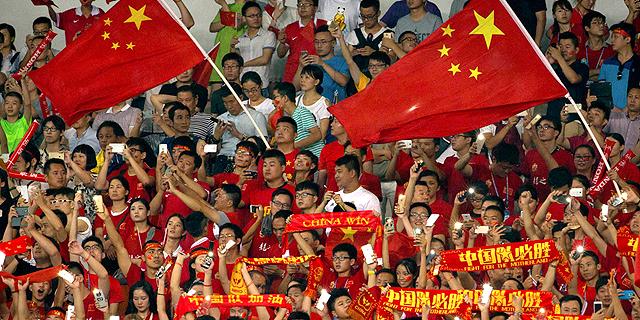 אדידס תממן את בתי הספר לכדורגל בסין