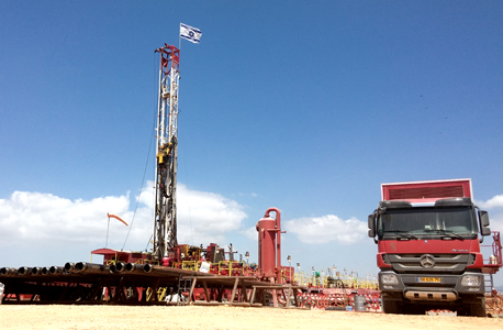 """קידוח של אפק לחיפוש נפט ברמת הגולן. """"אין הוועדה יכולה עוד לעצום עיניה ביחס למשמעויותיה הכוללות של תעשיית נפט בגולן"""""""