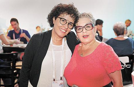 """חנה פרי־זן ועו""""ד רות פרמינגר, צילום: אוראל כהן"""