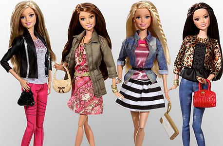 סדרת ה־Fashionistas החדשה של ברבי. בגדי רחוב במקום זוהר מפלסטיק