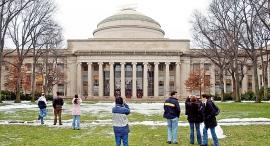 קמפוס MIT מוסף 100 משפיעים, איור: רויטרס