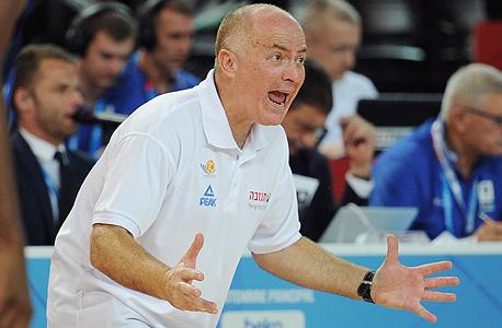 מאמן נבחרת ישראל בכדורסל ארז אדלשטיין, צילום: איי אף פי