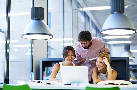 ראשי צוות פיתוח, מקום 8 ברשימת העבודות המאושרות