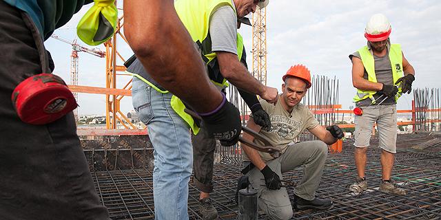 הממשלה החליטה לפעול להכנסת חברות בנייה זרות