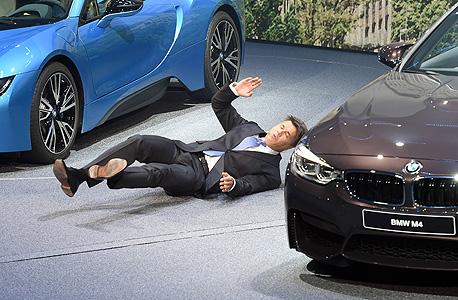 """מנכ""""ל BMW ב.מ.וו הארד קרוגר התמוטט, צילום: איי פי"""