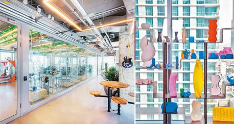 """מימין: מוצרים שהודפסו במעבדת אוטודסק ומשרדי החברה בתל אביב. """"תפקיד המעצב השתנה מעיצוב מוצרים, ליצירת כלים"""""""