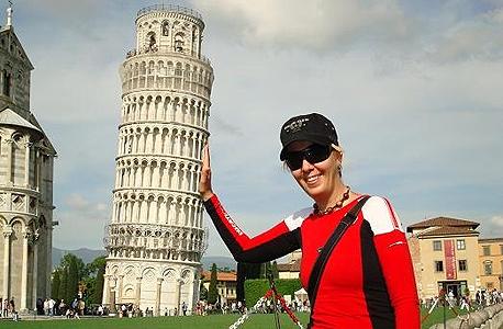 מגדל פיזה איטליה קלישאה, צילום: buzzfeed