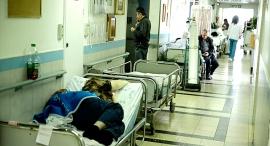 מוסף שבועי 24.9.15 מדינה ללא פיקוח בית חולים צפיפות, צילום: גדי קבלו