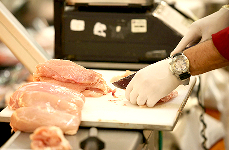 בשר ברשת שיווק. הווטרינרים לא מגיעים לבדוק את הבשר הנמכר