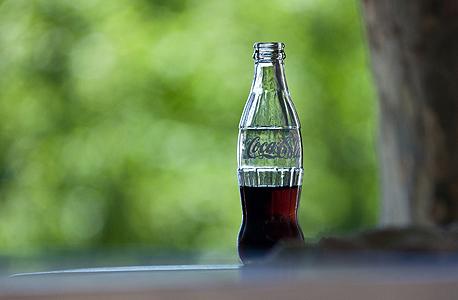 קוקה קולה עובדות, צילום: thepaperwall