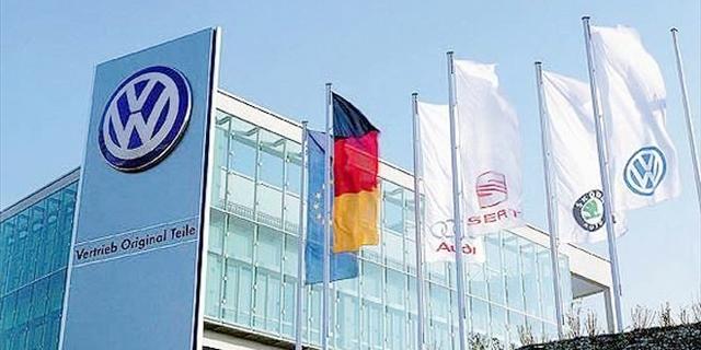 עוד בעיות? שלטונות גרמניה שוב פשטו על משרדי פולקסווגן