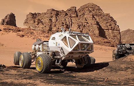רכב חלל מתוך הסרט להציל את מארק וואנטי