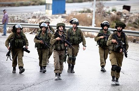 """חיילים צה""""ל טרור בית סחור הגדה המערבית, צילום: גטי אימג'ס"""