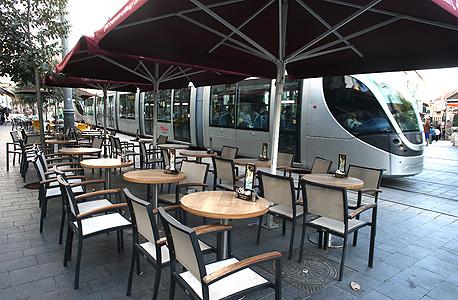 בית קפה ריק בירושלים, בסוף השבוע, צילום: עמית שאבי