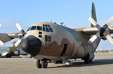 מטוס C-130 אלביט מערכות גלילות 1, צילום: אתר חיל האויר צלמת, הגר עמיבר