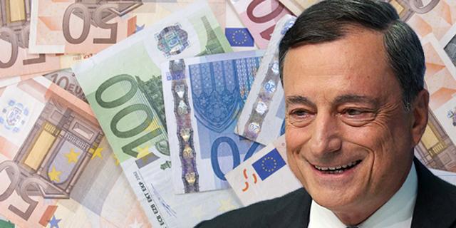 דראגי מחלק כסף חינם ומקרב את אירופה למשבר חוב קטלני