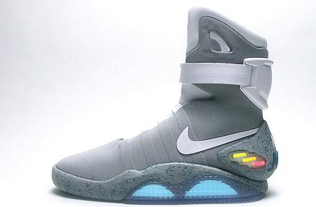הנעליים של מרטי מק'פליי