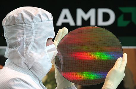 שבבי AMD במערך ייצור של החברה, צילום: engadget.com