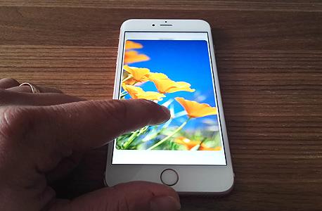 אפל אייפון 6S פלוס פאבלט 3, צילום: רפאל קאהאן