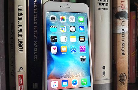 אפל אייפון 6S פלוס פאבלט 6, צילום: רפאל קאהאן