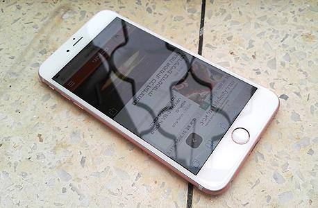 אפל אייפון 6S פלוס פאבלט 8, צילום: רפאל קאהאן