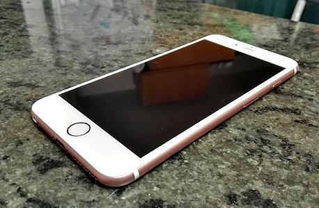 נפלאות אייפון 6S פלוס ו-6S: עוד מאותו הדבר WB-65
